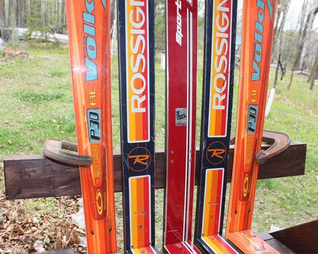 skis on chair