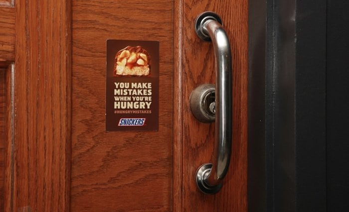 snickers-fails-door