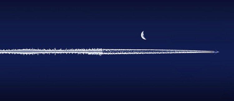 soundwave-plane