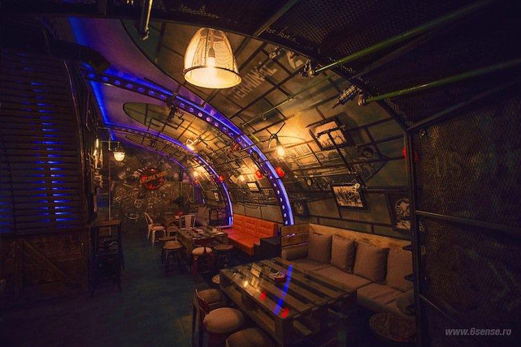 sub-pub-seating-two