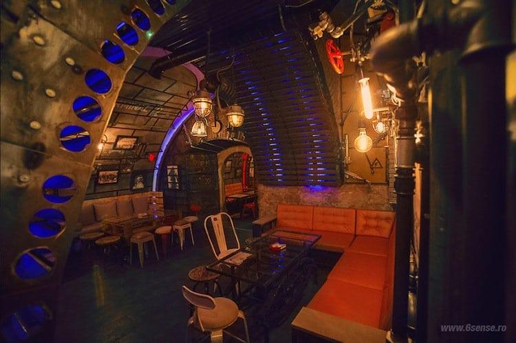 sub-pub-seating