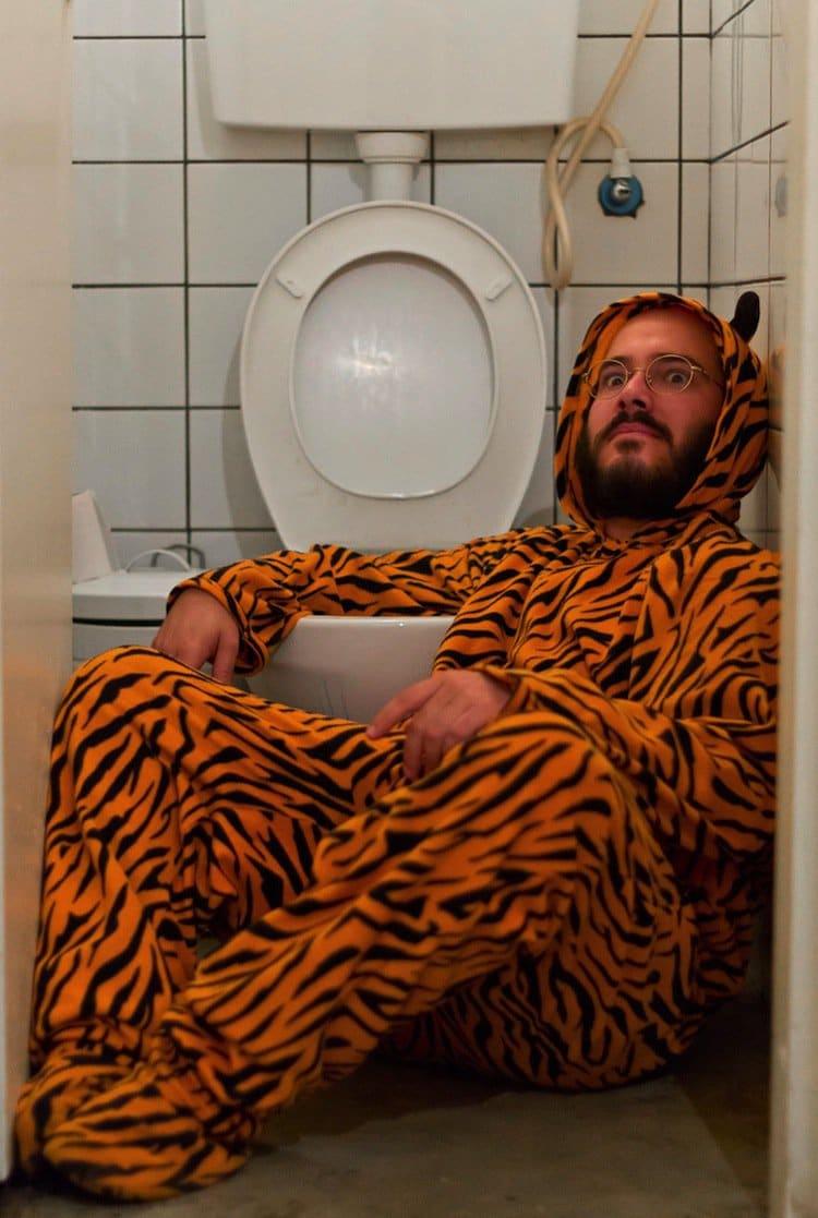 tiger-suit-toilet