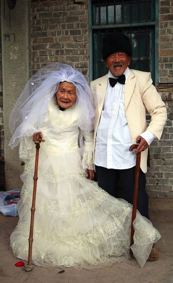 wedding-elderly-hundred