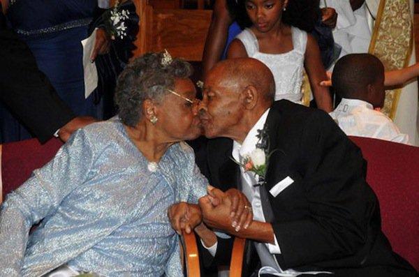 15 Heartwarming Wedding Photos Of Elderly Couples That