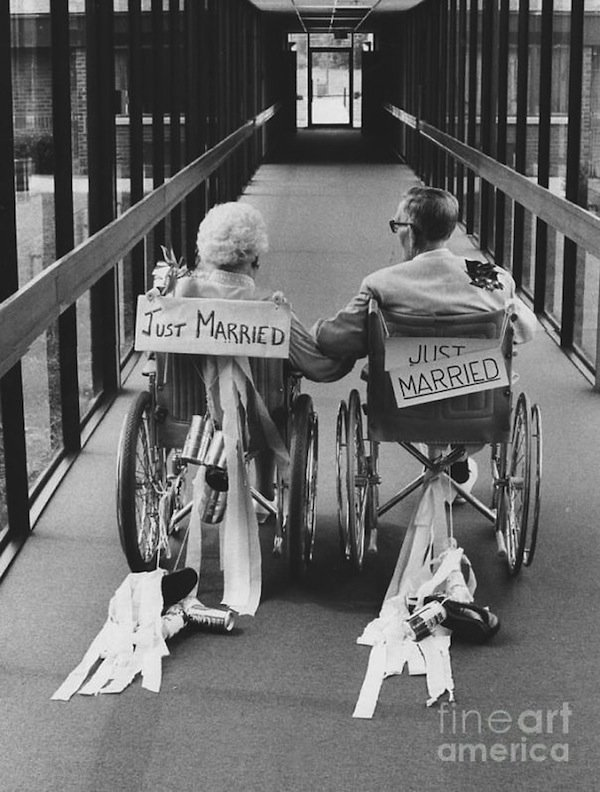 wedding-elderly-wheelchair