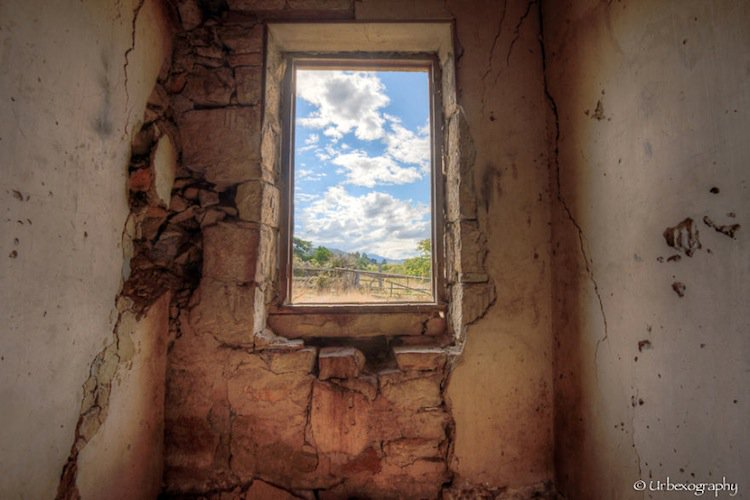 window-old-two