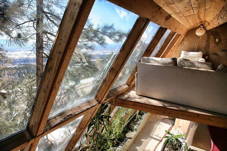 windows couch earthship