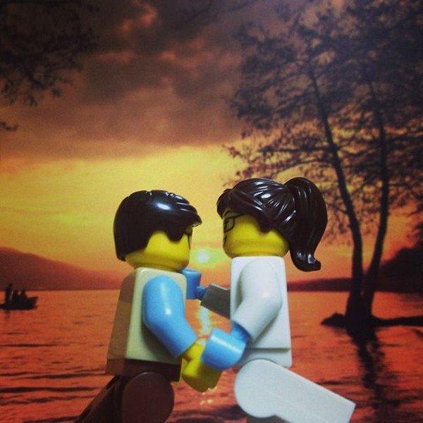 LEGO couple romantic