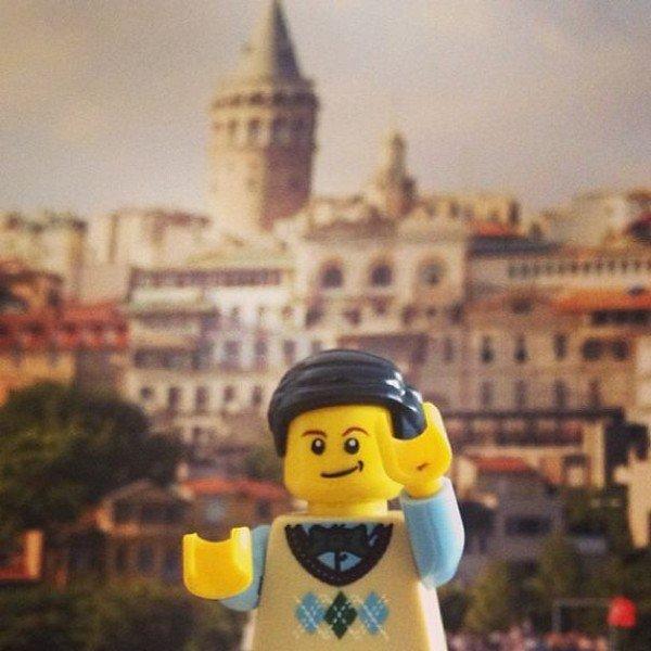 LEGO figure building