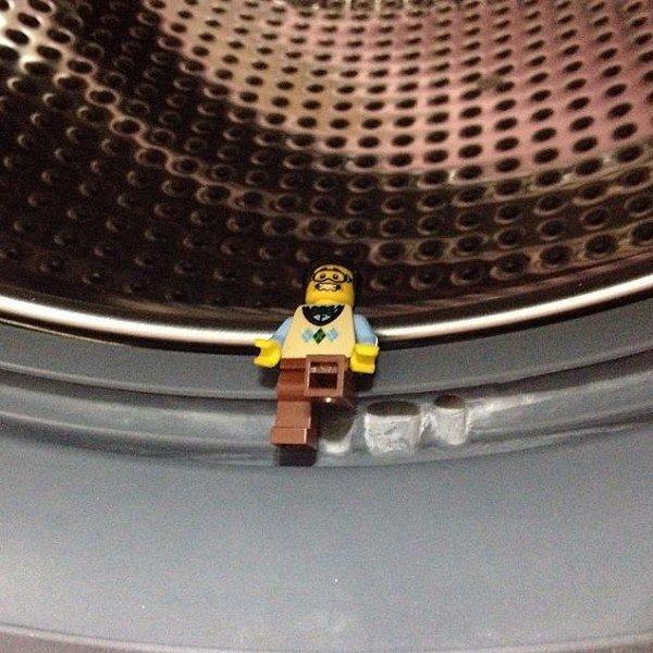 LEGO figure washing machine
