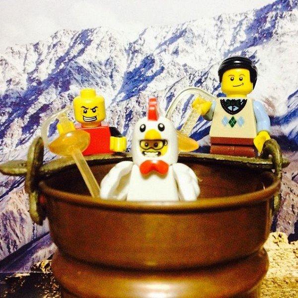 LEGO figures chicken pot