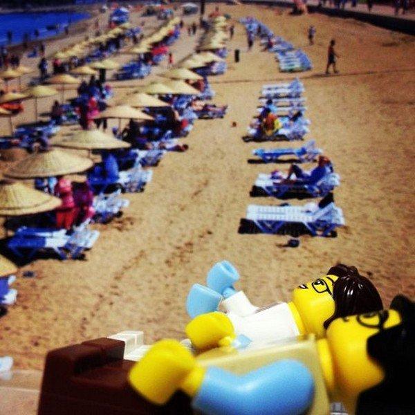 LEGO figures sunbathing