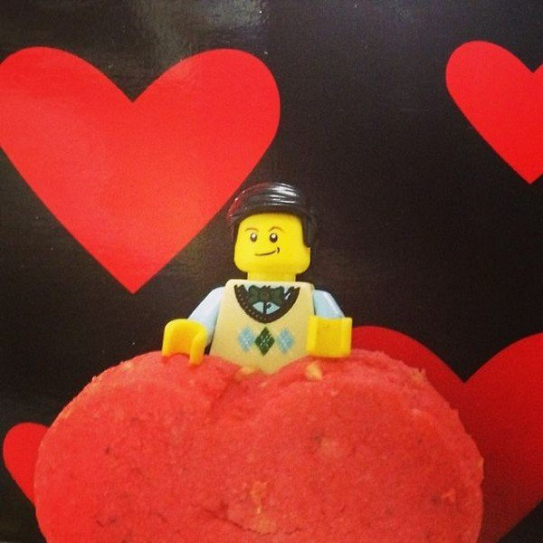 LEGO guy heart