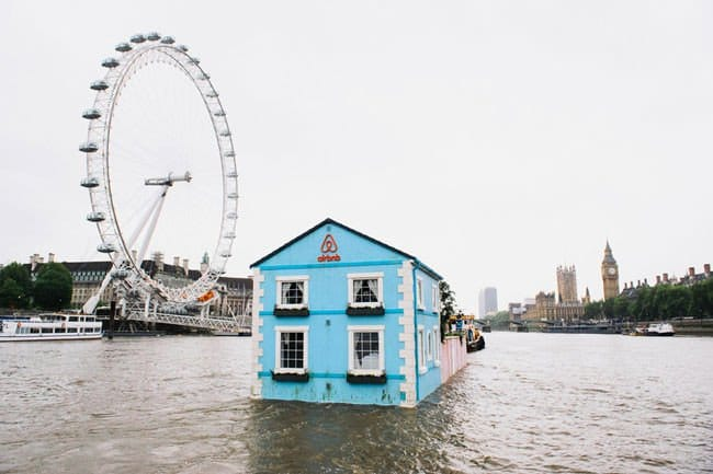 airbnb-floating-house-london-eye