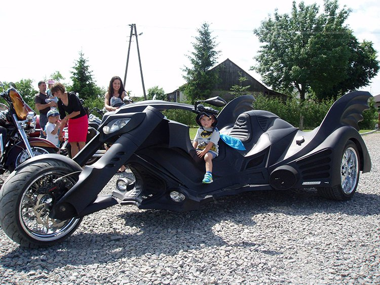 batmobile-trike-batman-kid