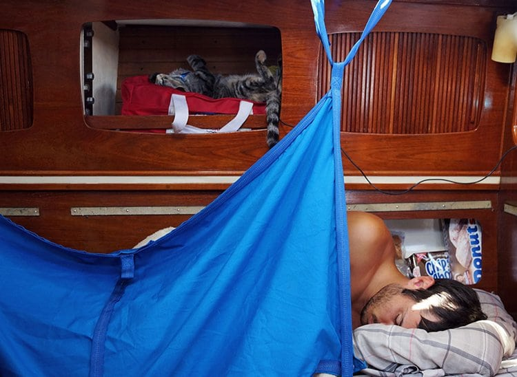 bunk-couple-sells-everything-travels-world