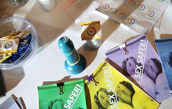 condom-color