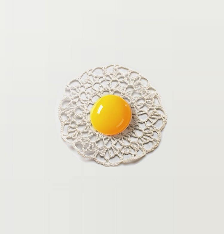dan-cretu-egg-doilie