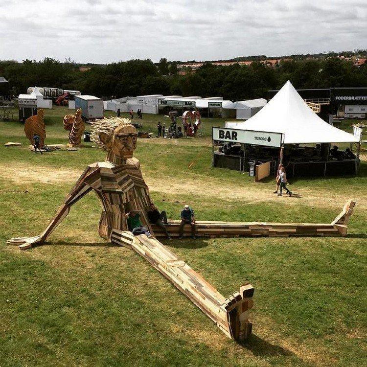 giant wood sculpture bar