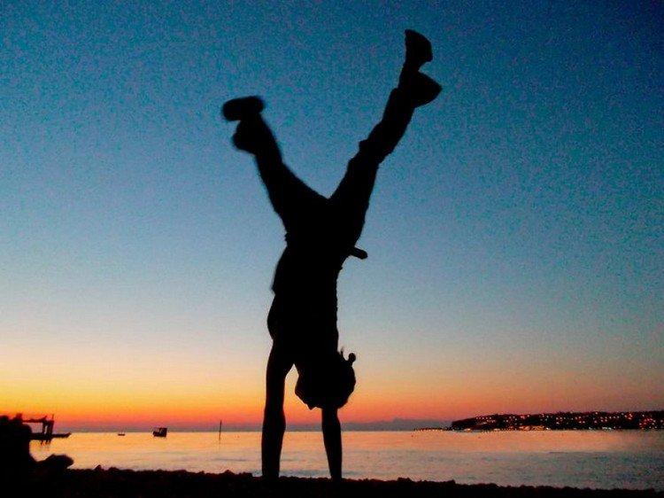 handstand beach