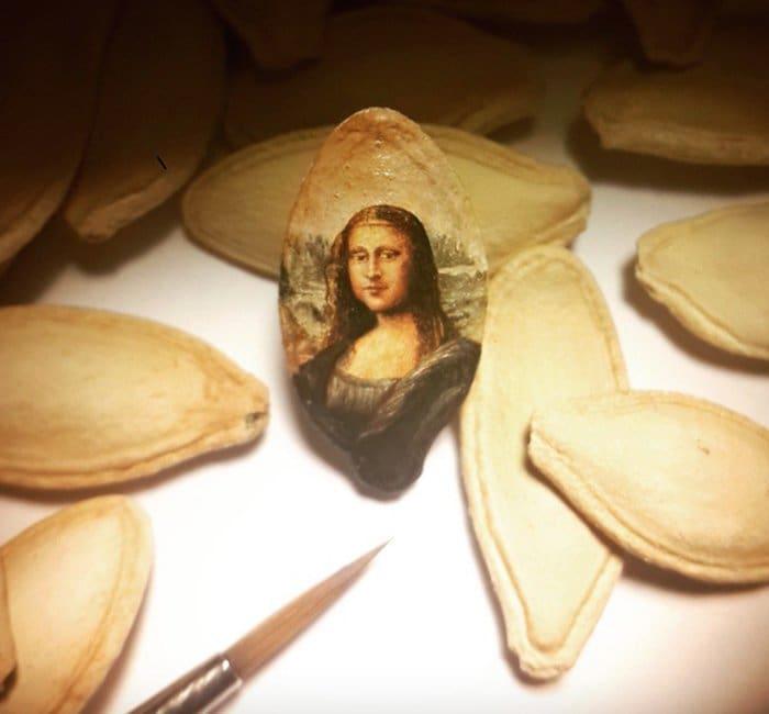 hasan-kale-miniature-paintings-mona-lisa