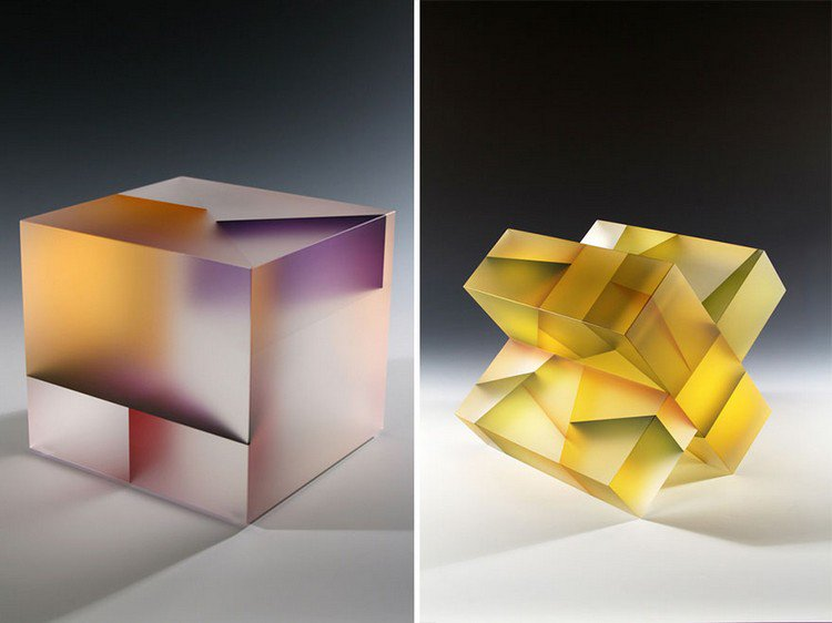 jiyong lee cube cross sculpture