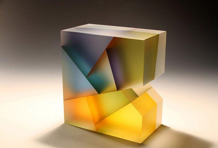 jiyong lee glass sculpture
