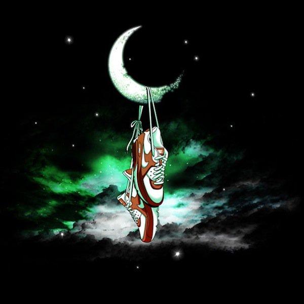 moon-hanging