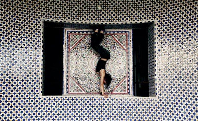 oriental handstand