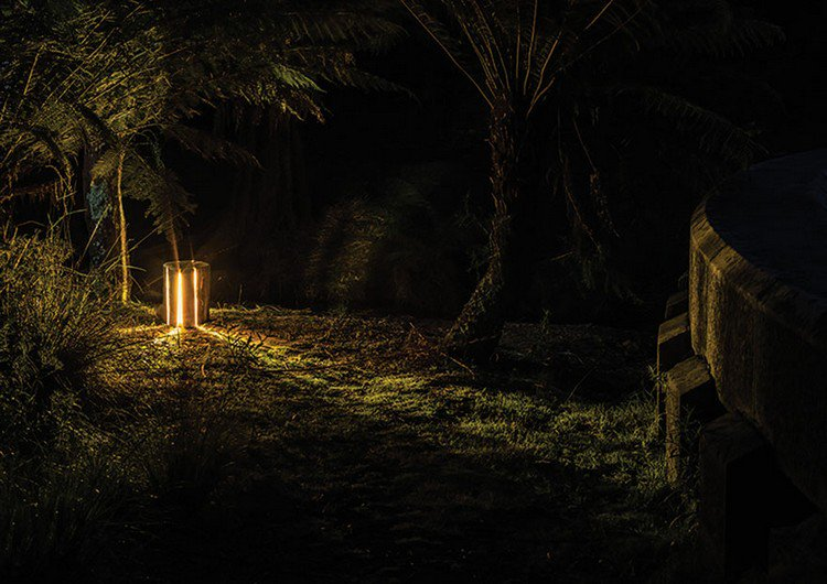 outdoor night log lamp