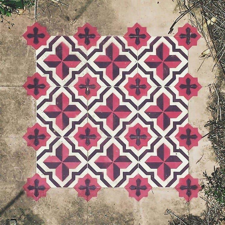 red black cross pattern