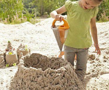 sand spilling funnel