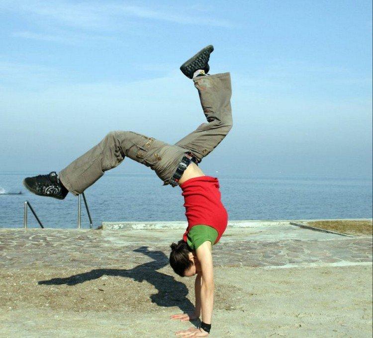 shore handstand