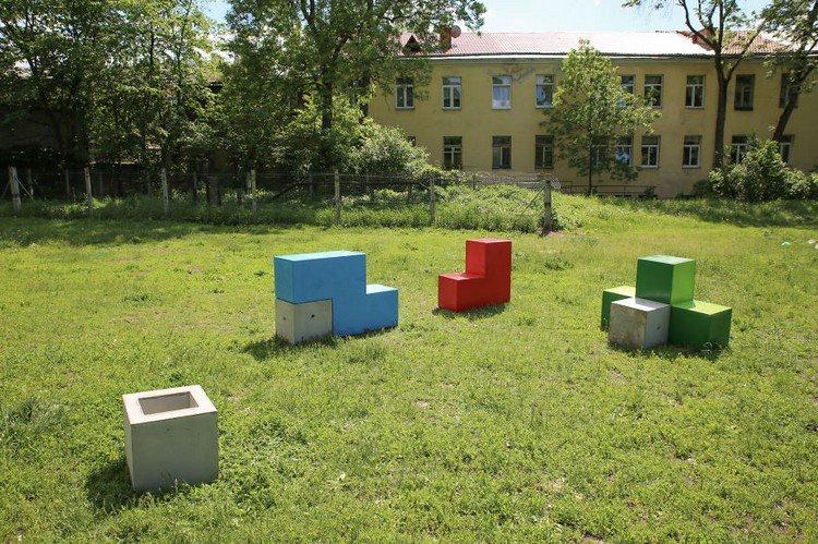 tetris furniture field