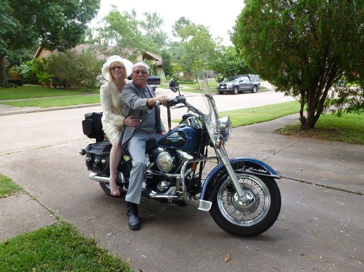 40-year-wedding-anniversary-photos-recreate-motorcycle-next