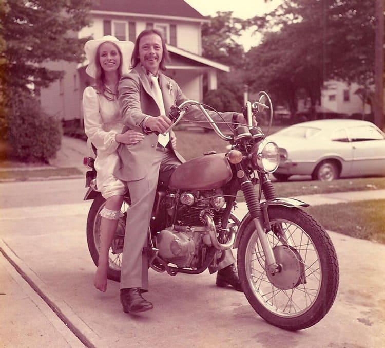 40-year-wedding-anniversary-photos-recreate-motorcycle-top