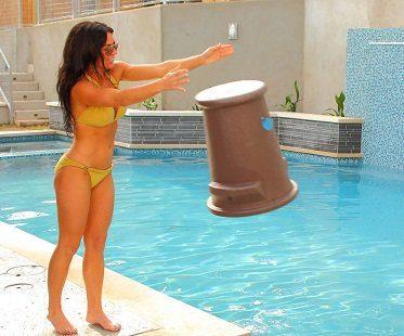 Pool Seat throw