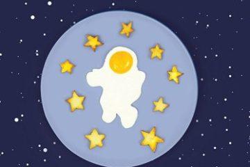 astronaut egg mold