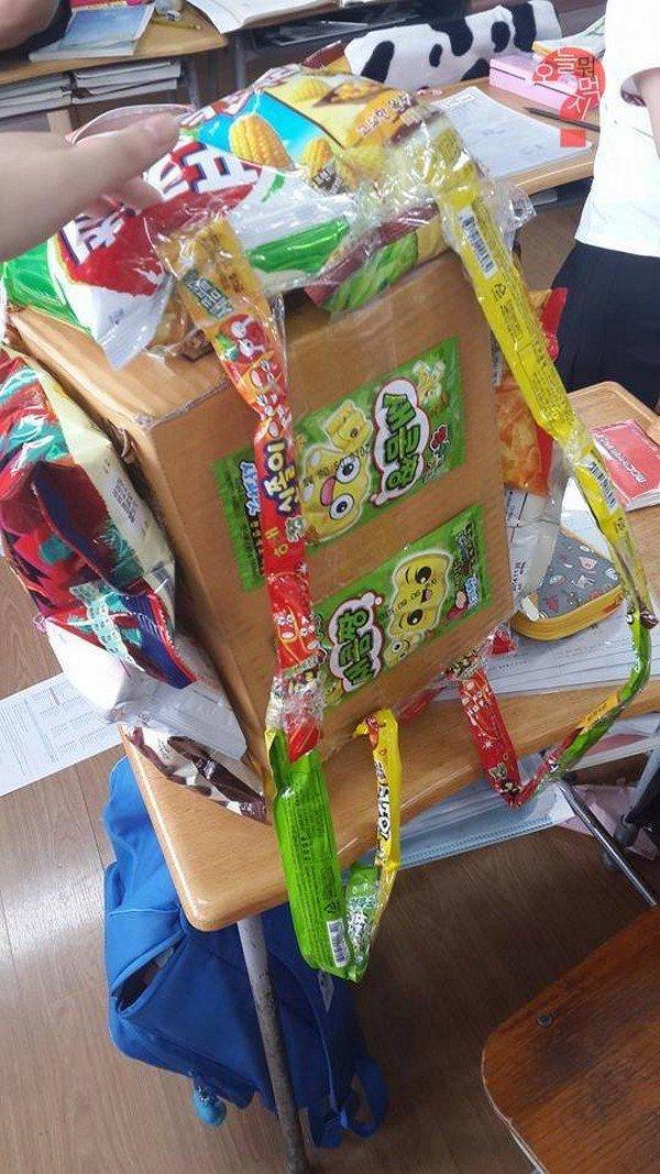 cardboard snackpack