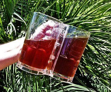 double beer mug tilt