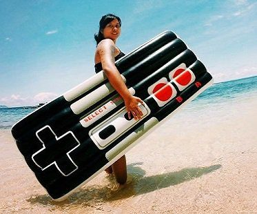 game controller pool float