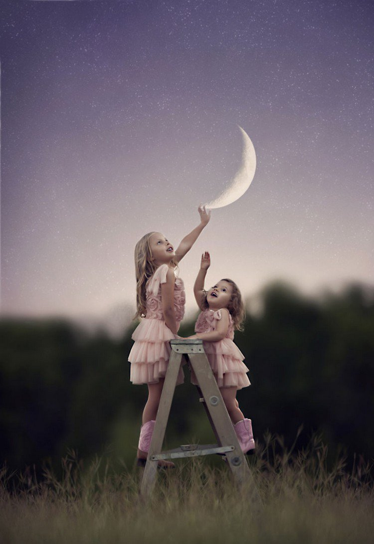 girls ladder moon