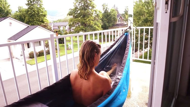 This hot tub hammock is a double whammy of awesome for Balcony hot tub