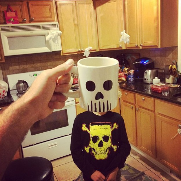 kids-superheroes-breakfast-mugshot-lance-curran