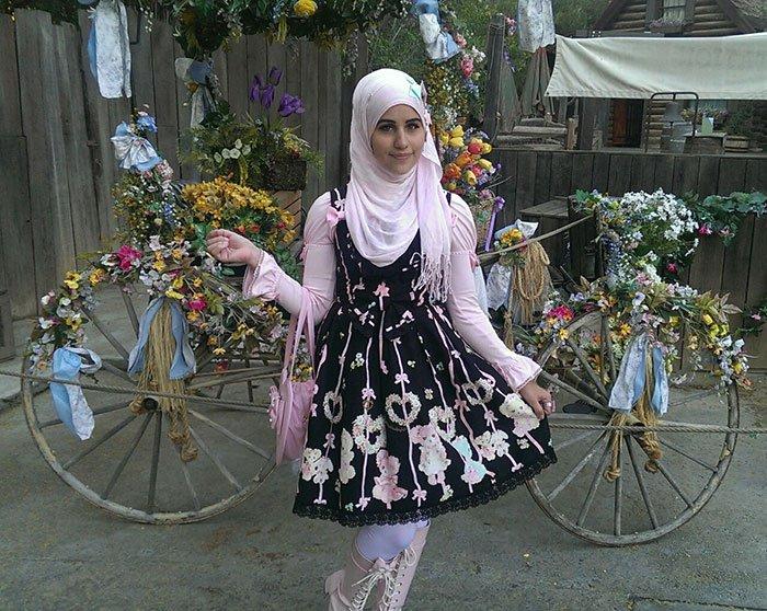 lolita girl flower bike