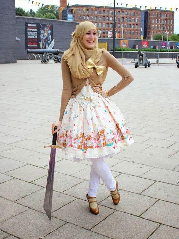 lolita girl sword