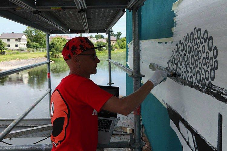 mural-painter