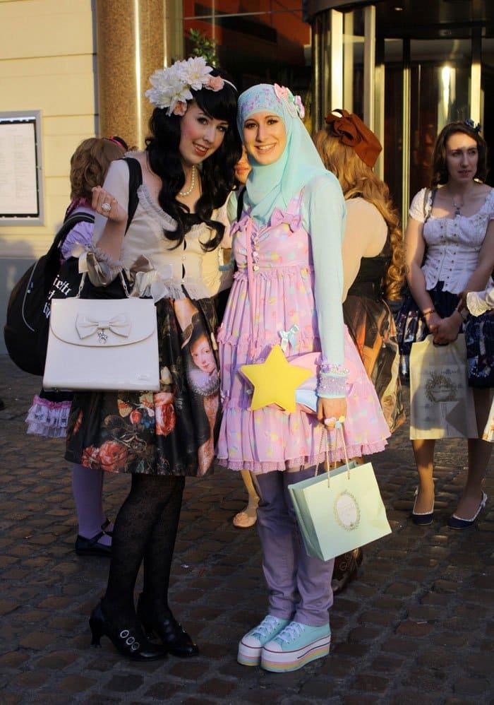 muslim lolita friends