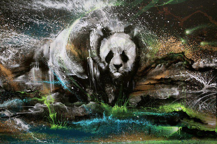 Hua Tunan Creates An Amazing Panda Mural With Splatter Ink