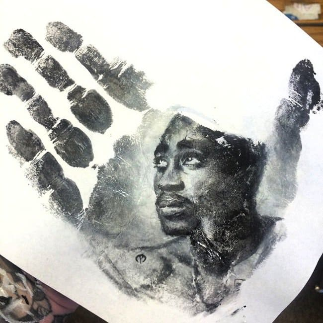 russel-tupac-stamp